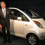 Presentata in India la Tata Nano, l'auto del popolo